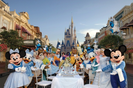 3 – Disney Dining Showdown