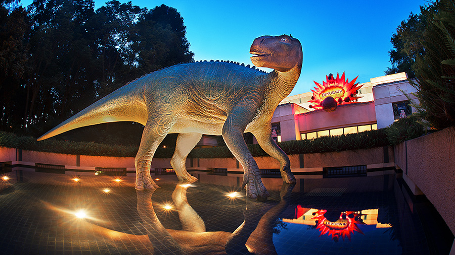 169 – Attraction Spotlight: Countdown to… Dinosaur!